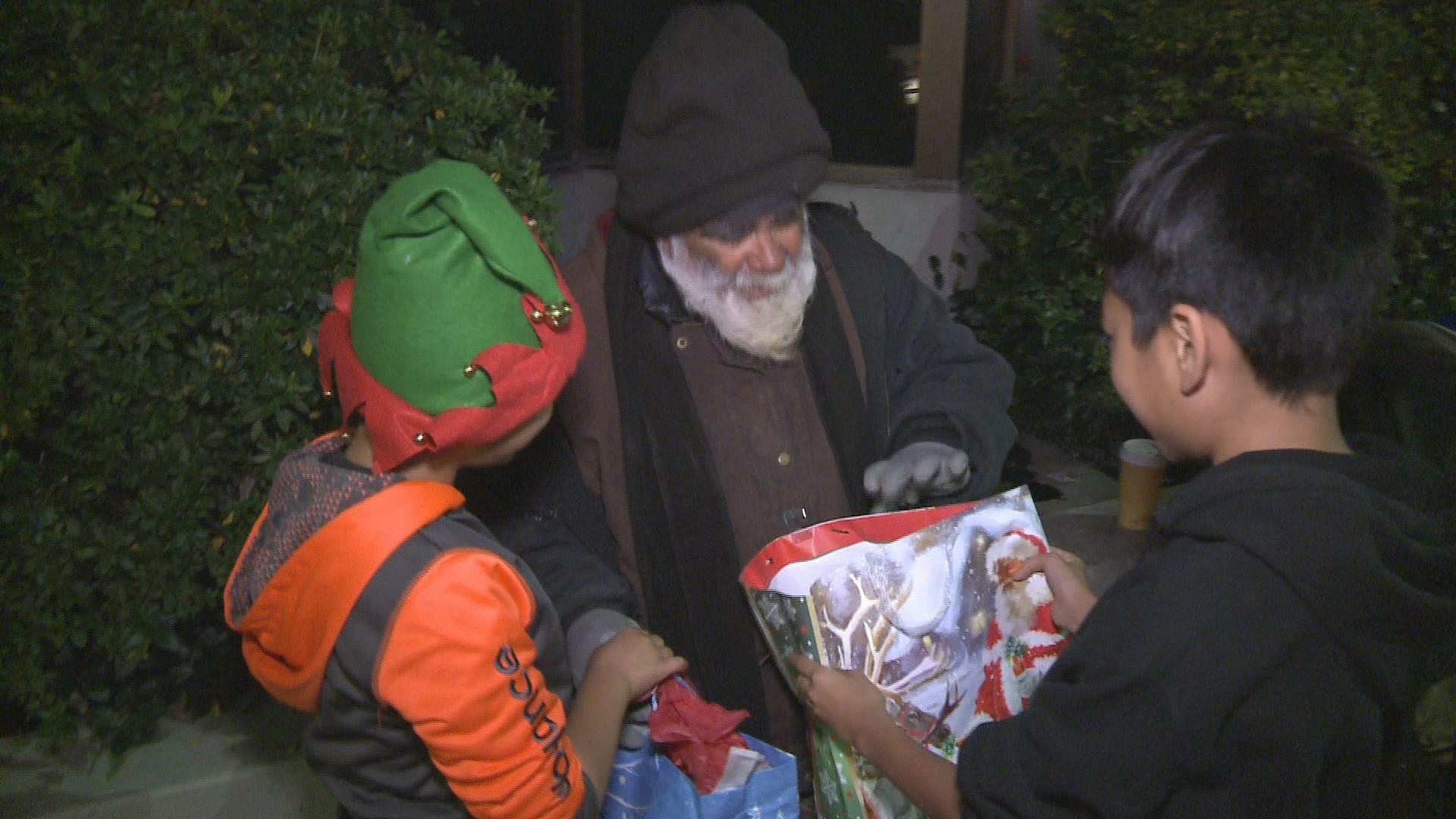 Teens Give Away Christmas Gifts To Sacramento Homeless